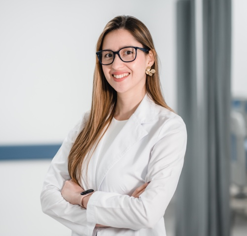 Dra Carolina Estrada - AngioTeam