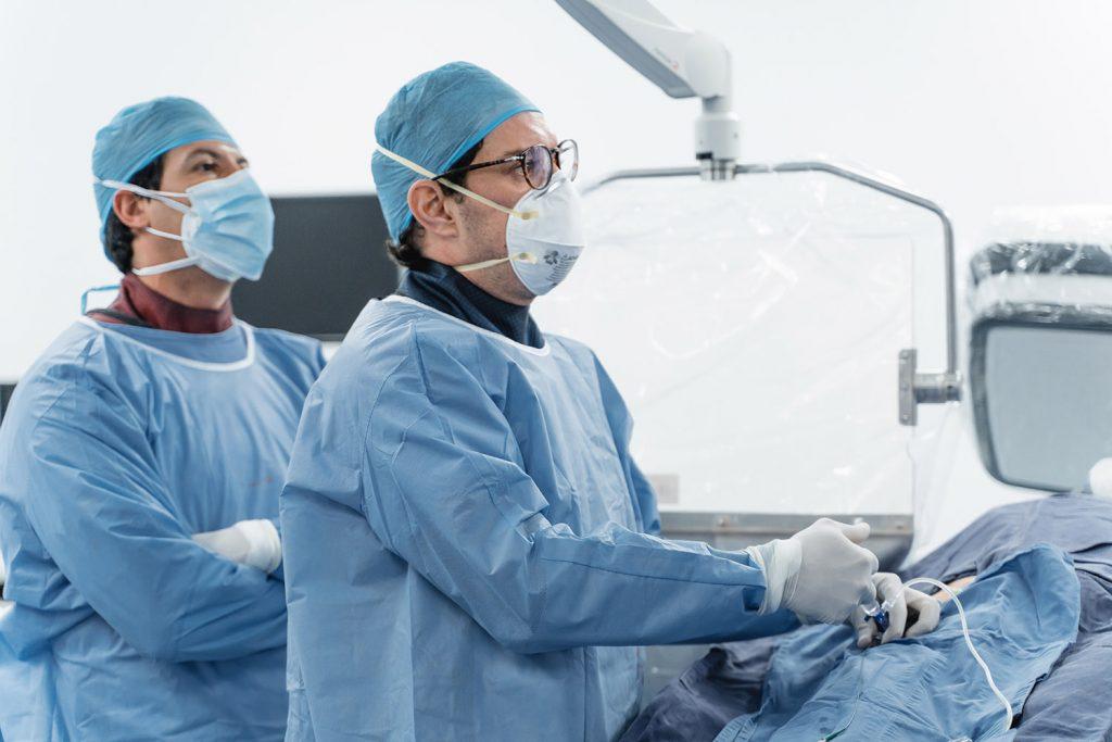 Procedimientos mínimamente invasivos - AngioTeam
